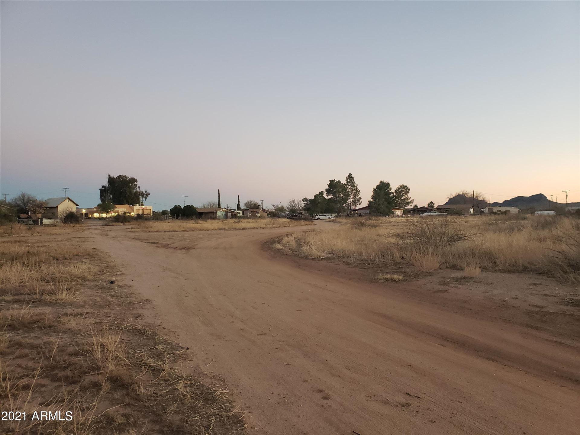 Photo of 0 W Powell St. Lots 7-12 & 24-28 --, Aguila, AZ 85320 (MLS # 6196727)