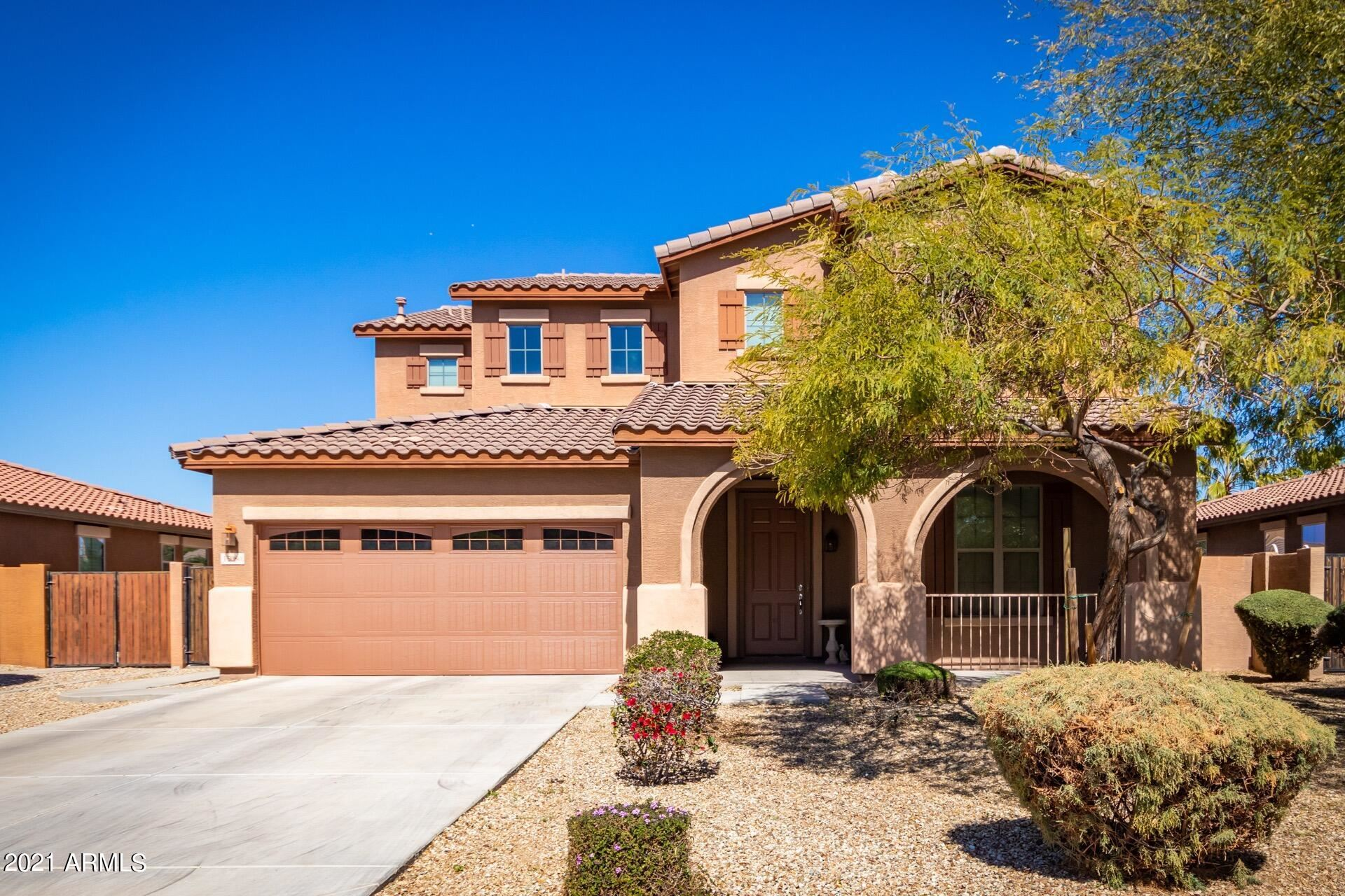 Photo of 15080 W GLENROSA Avenue, Goodyear, AZ 85395 (MLS # 6203729)