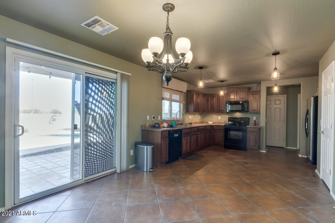 Photo of 3402 E MORENCI Road, San Tan Valley, AZ 85143 (MLS # 6196730)