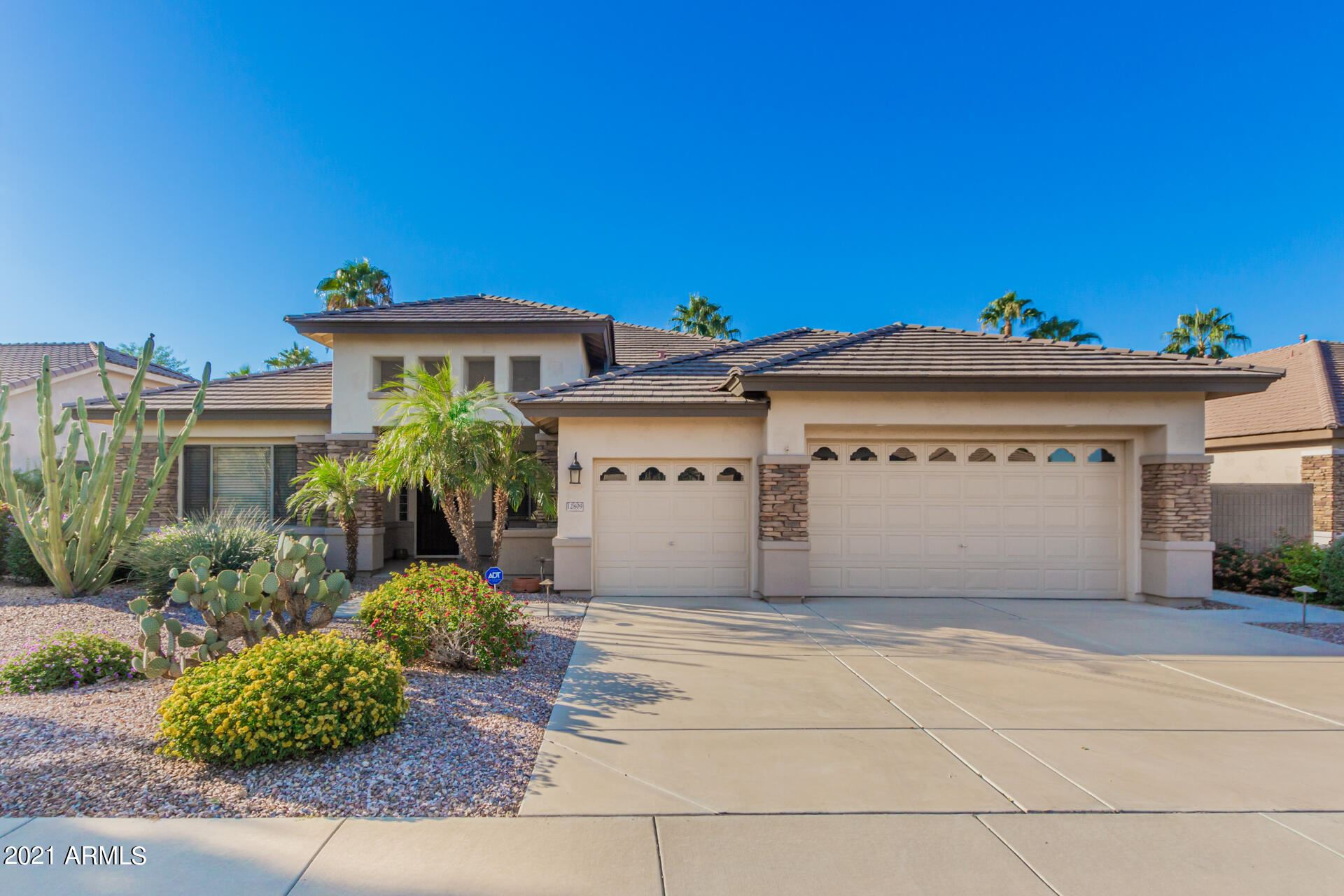 Photo of 12809 W ESTERO Lane, Litchfield Park, AZ 85340 (MLS # 6307730)