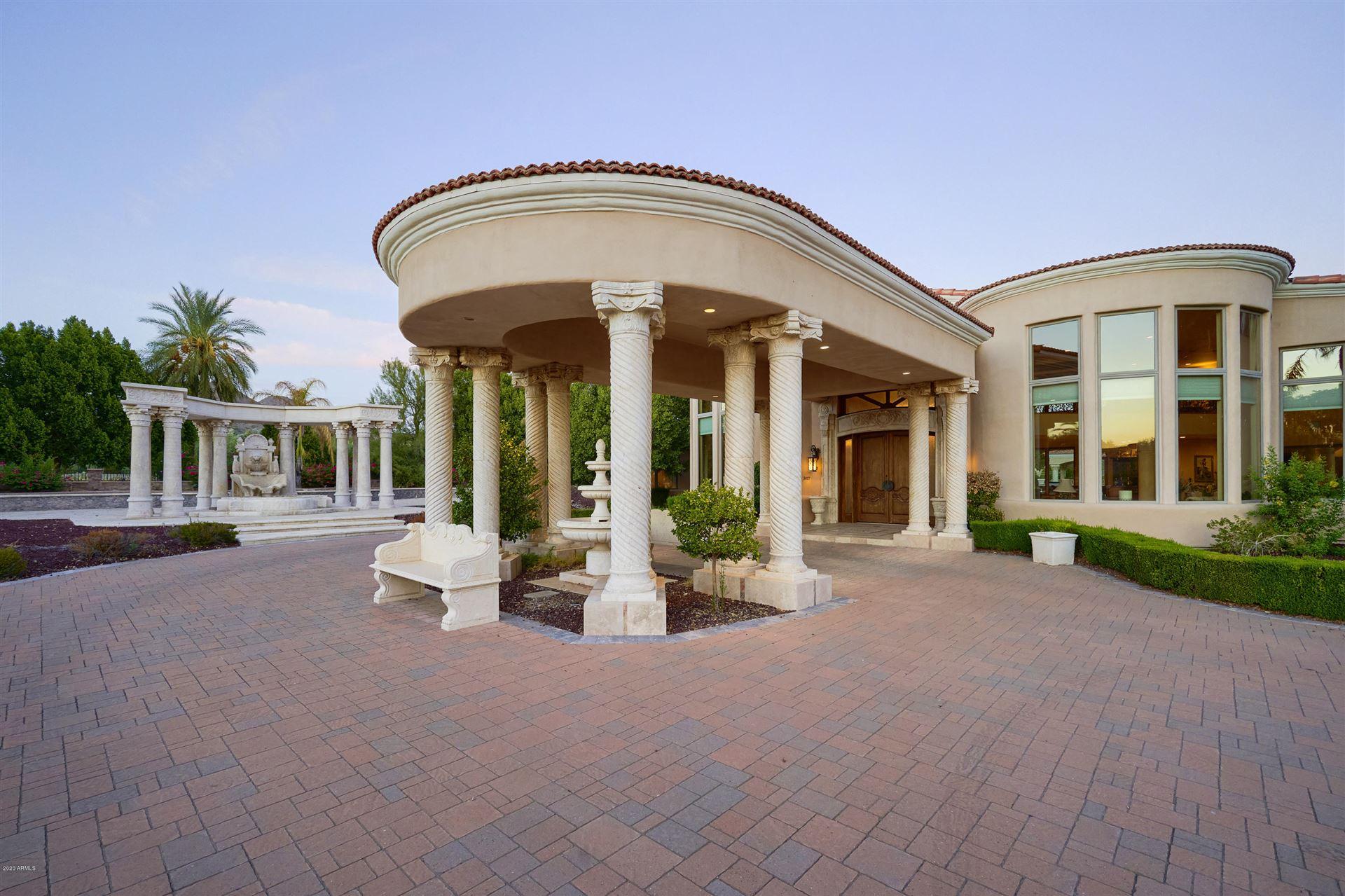 Photo of 5837 N Palo Cristi Road, Paradise Valley, AZ 85253 (MLS # 6148731)