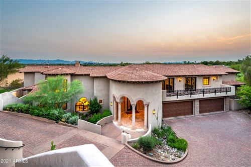 Photo of 6050 N PARADISE VIEW Drive, Paradise Valley, AZ 85253 (MLS # 6282734)