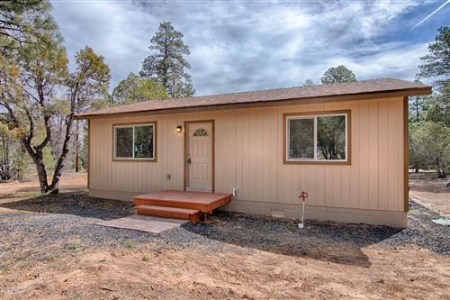 Photo of 521 N 41st Drive, Show Low, AZ 85901 (MLS # 6024736)