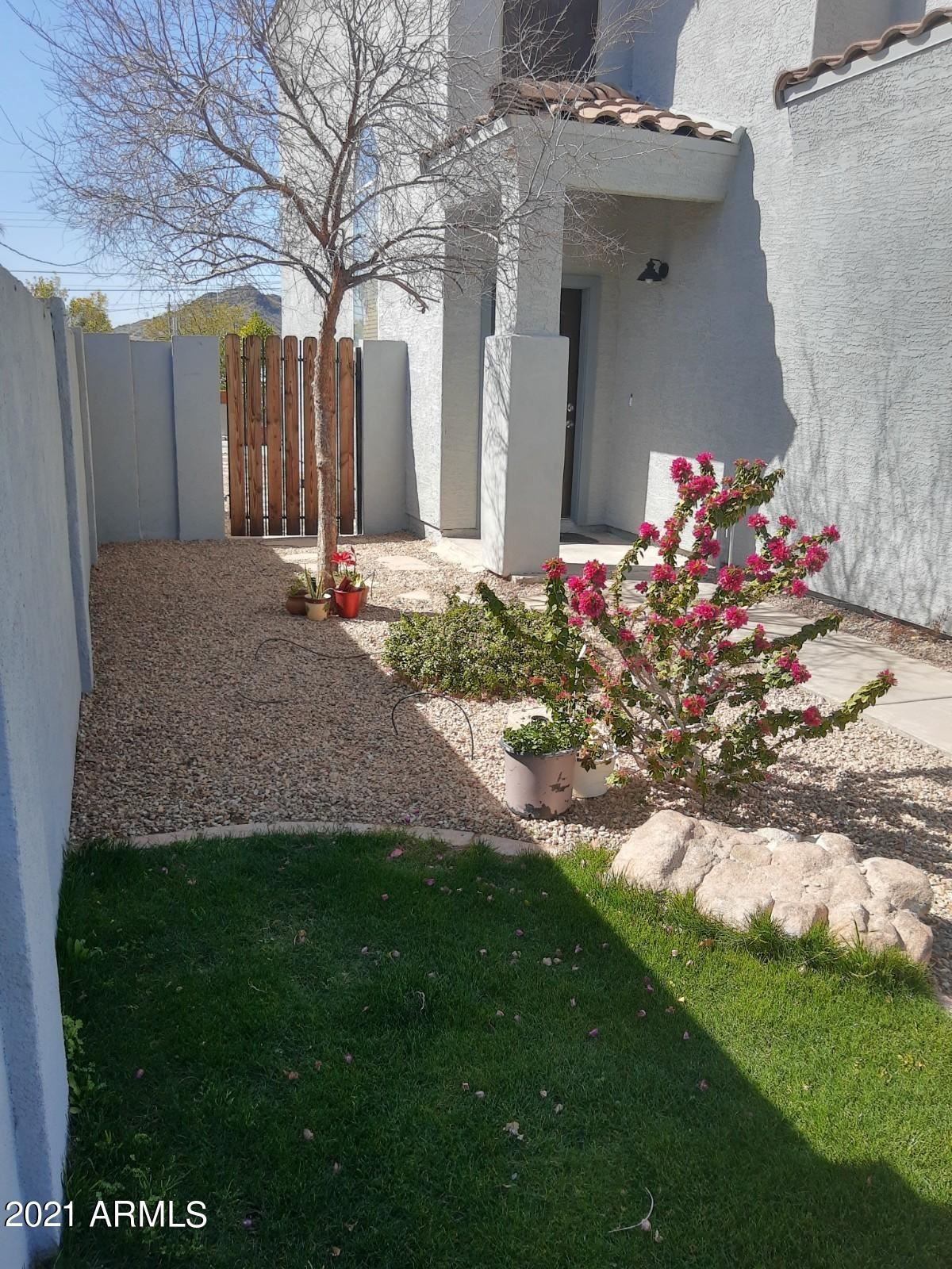 Photo of 10020 N 14TH Street #A, Phoenix, AZ 85020 (MLS # 6202737)