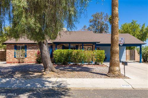 Photo of 3736 W KARIBA Drive, Phoenix, AZ 85051 (MLS # 6236738)