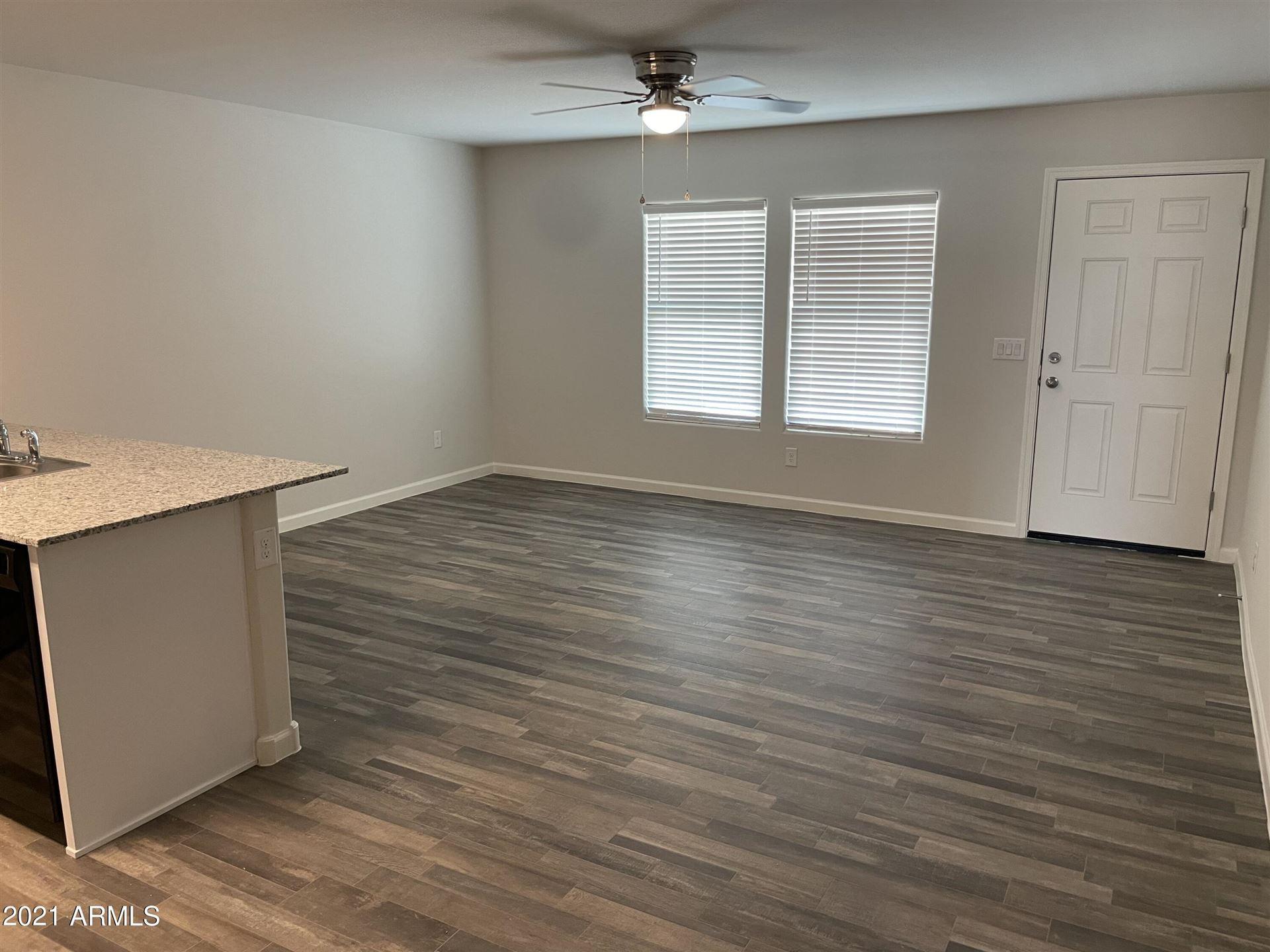 Photo of 463 W Hilquit Drive, Morristown, AZ 85342 (MLS # 6259740)
