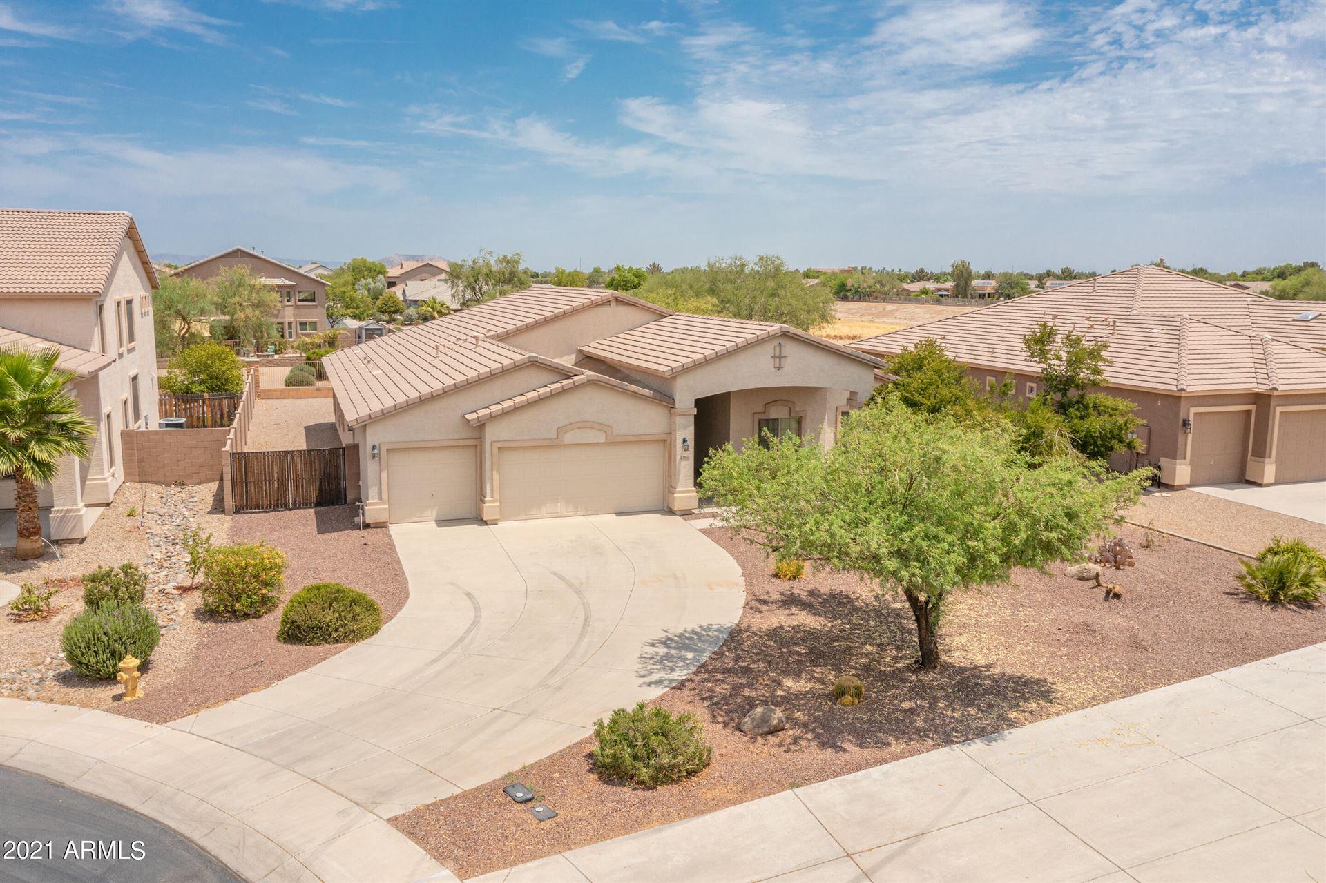 Photo for 43174 W BAILEY Drive, Maricopa, AZ 85138 (MLS # 6274740)