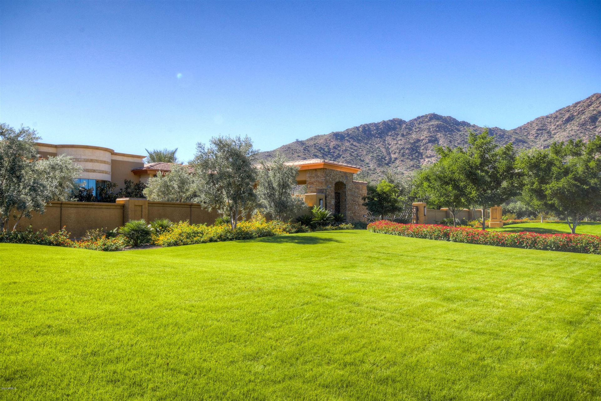 Photo of 5335 N INVERGORDON Road, Paradise Valley, AZ 85253 (MLS # 5892742)