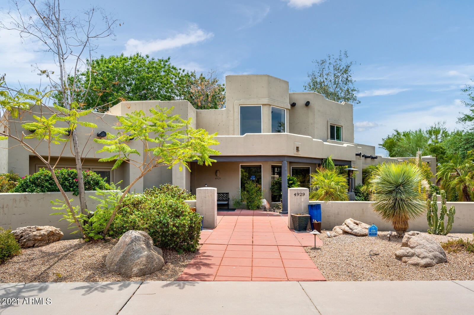 Photo of 4929 E COCHISE Road, Paradise Valley, AZ 85253 (MLS # 6262743)