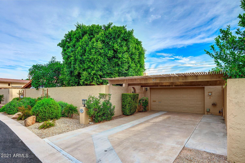 Photo of 7651 E EDGEMONT Avenue, Scottsdale, AZ 85257 (MLS # 6307747)