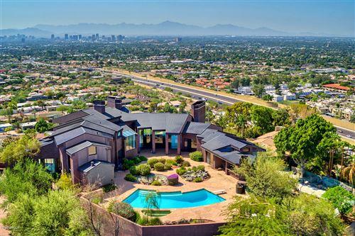 Photo of 2106 E KALER Drive, Phoenix, AZ 85020 (MLS # 6144748)