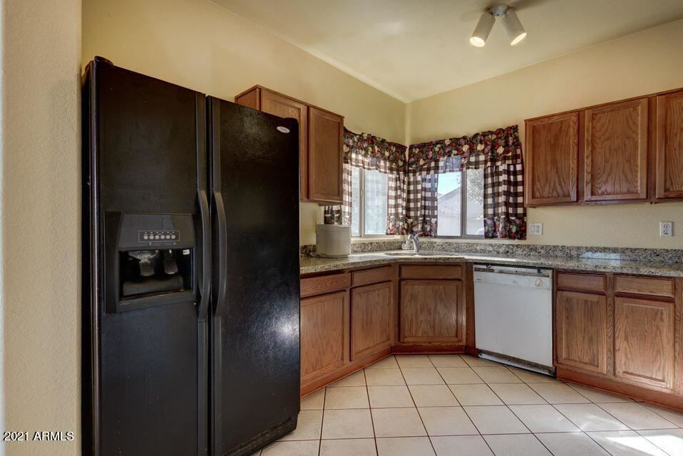 Photo of 10421 E BONNELL Street, Apache Junction, AZ 85120 (MLS # 6287748)
