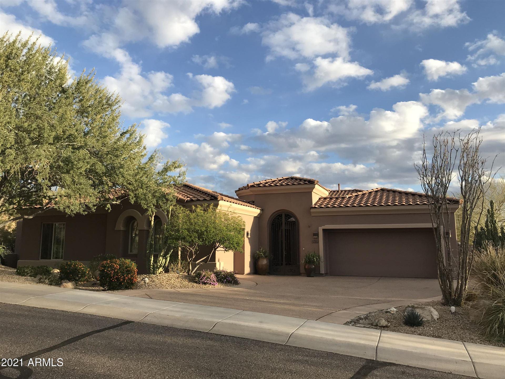 Photo of 11365 E GREENWAY Road, Scottsdale, AZ 85255 (MLS # 6207754)