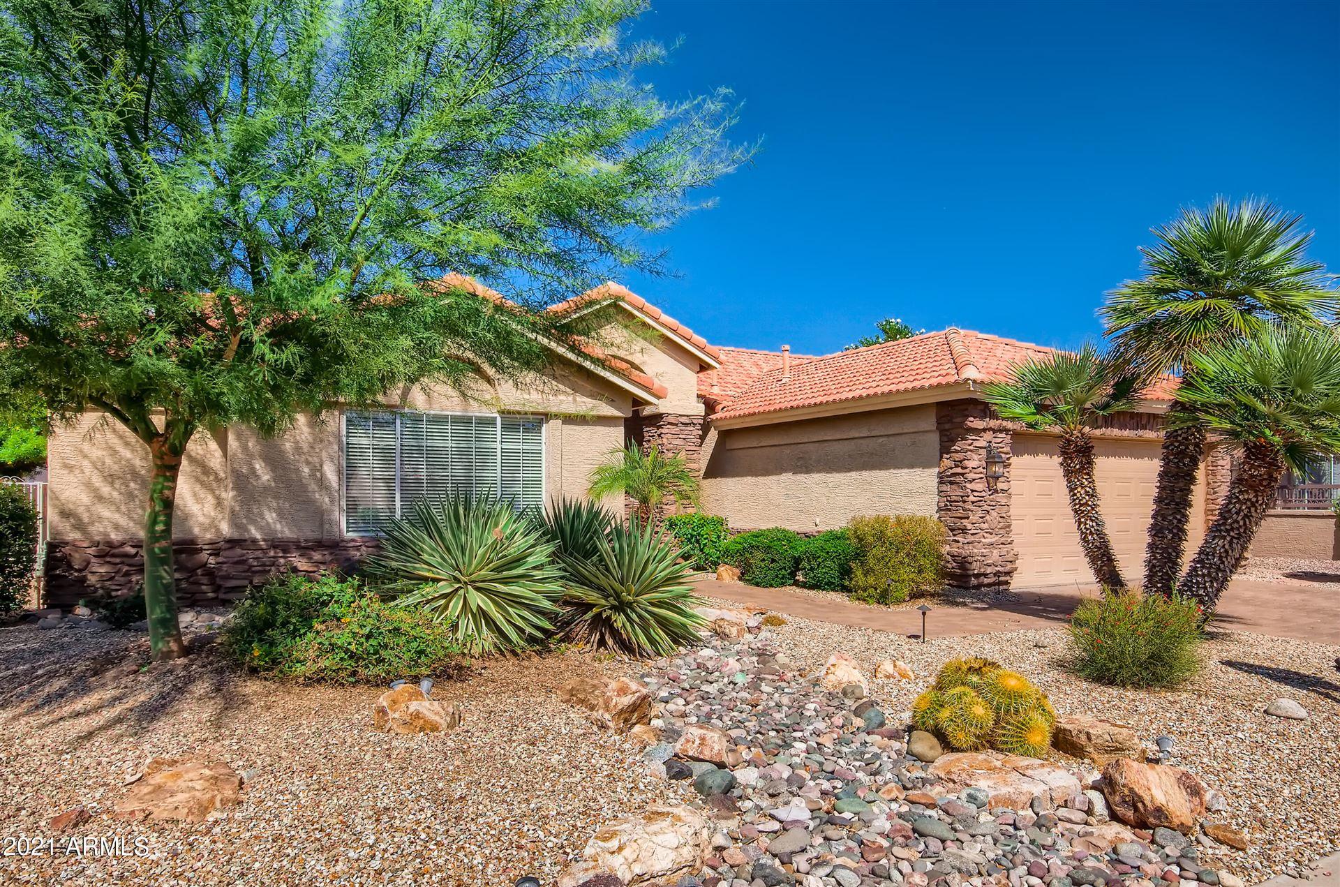 Photo of 9310 E COOPERS HAWK Drive, Sun Lakes, AZ 85248 (MLS # 6302756)