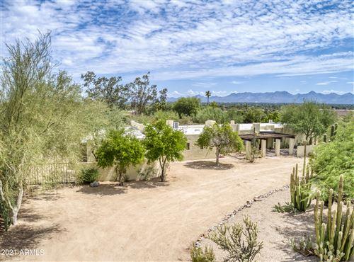 Photo of 4660 E MOCKINGBIRD Lane, Paradise Valley, AZ 85253 (MLS # 6265759)