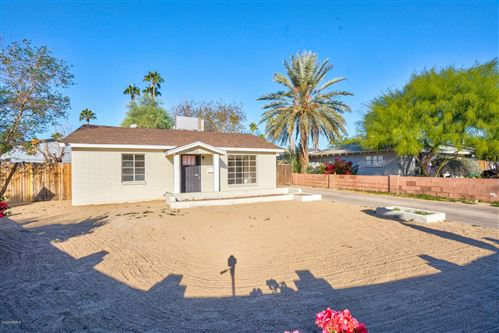 Photo of 9404 N 11TH Place, Phoenix, AZ 85020 (MLS # 6166760)