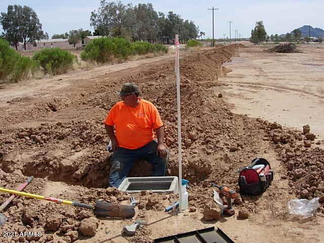 Photo of 50800 NW HWY 60/70& BLACK EAGLE RD L-2 Highway, Aguila, AZ 85320 (MLS # 6239761)
