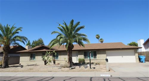 Photo of 19210 N 20TH Drive, Phoenix, AZ 85027 (MLS # 6110762)