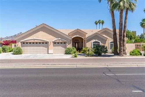 Photo of 3532 E CAMELBACK Road, Phoenix, AZ 85018 (MLS # 6082766)