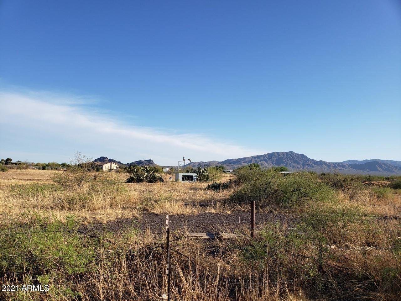 Photo of 0 N 4th Street, Aguila, AZ 85320 (MLS # 6241769)