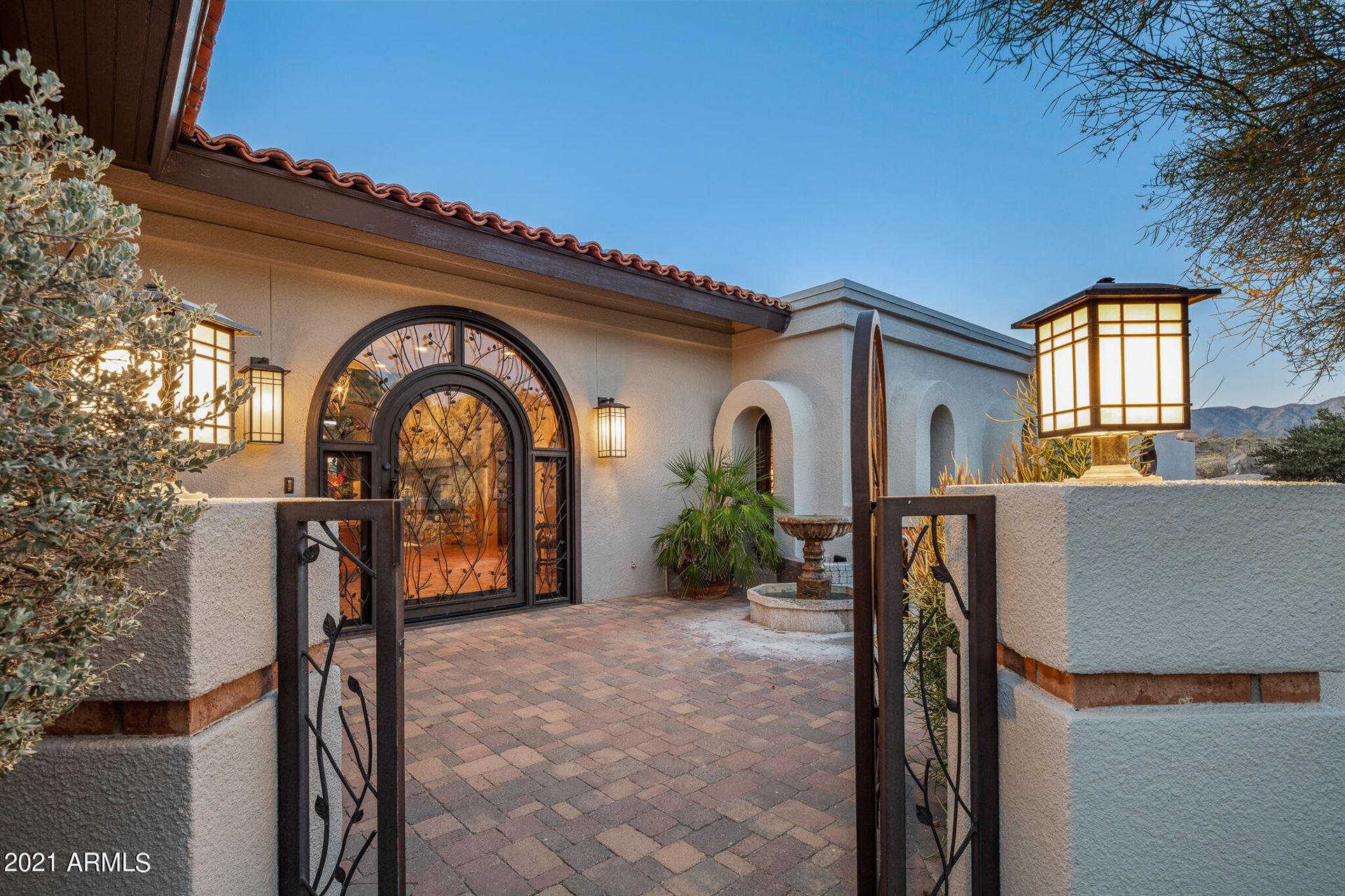 Photo of 8616 E CONCHO Lane, Carefree, AZ 85377 (MLS # 6233782)