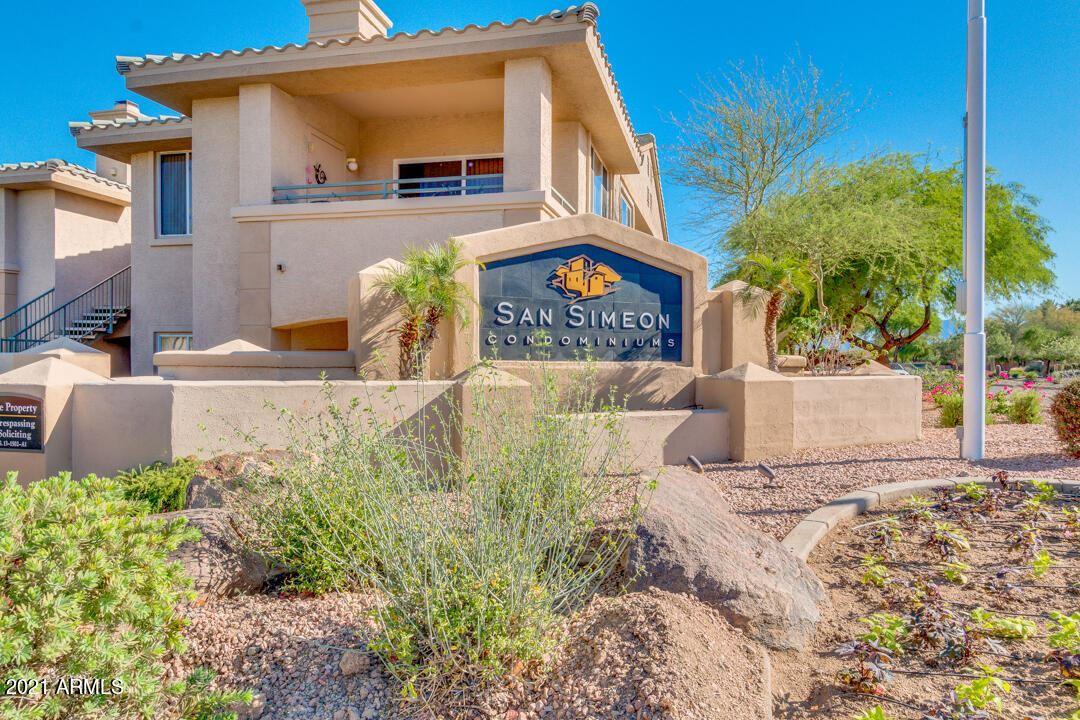 Photo of 16013 S DESERT FOOTHILLS Parkway #2114, Phoenix, AZ 85048 (MLS # 6307782)