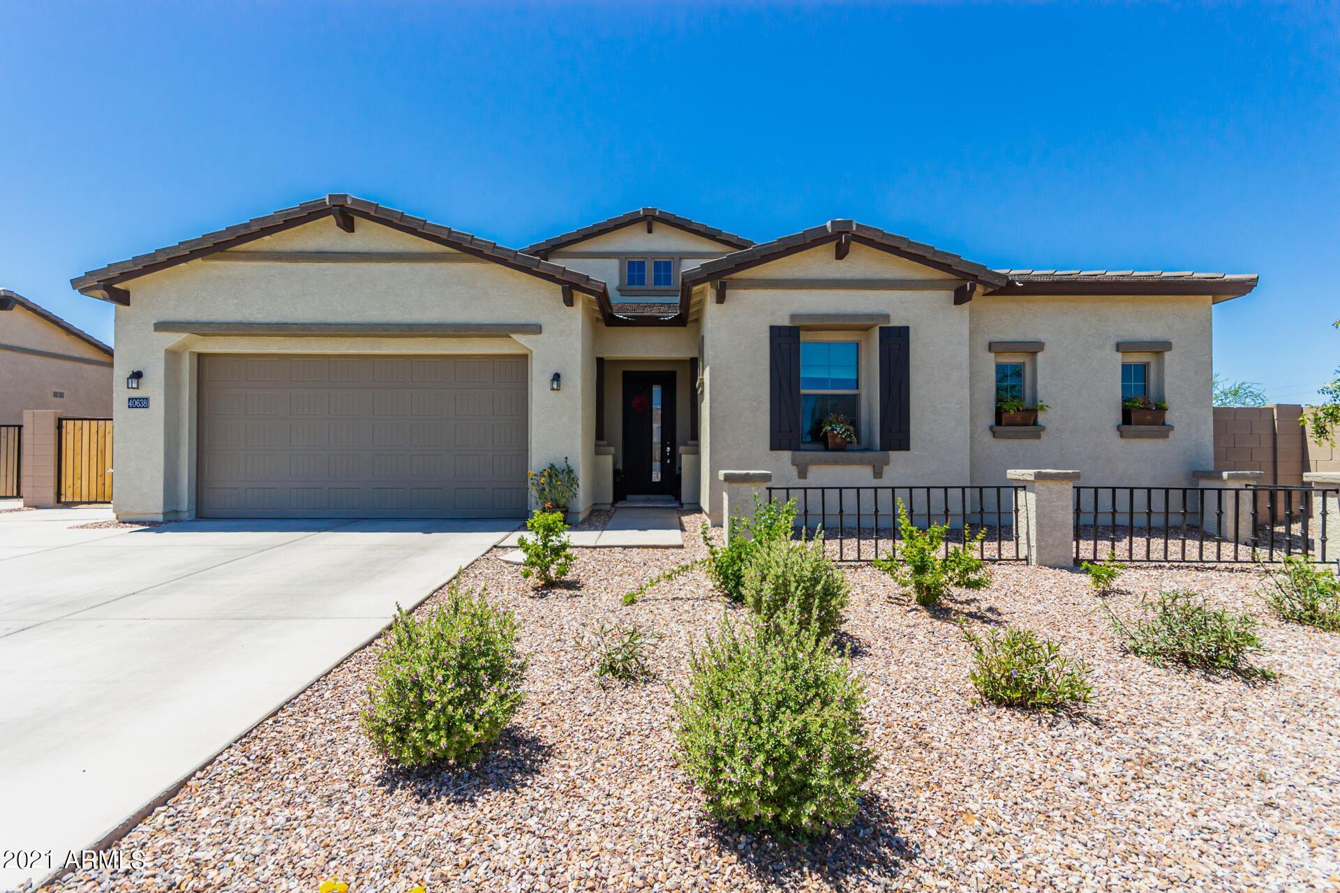 Photo of 40638 N SPOTTED Lane, San Tan Valley, AZ 85140 (MLS # 6231785)