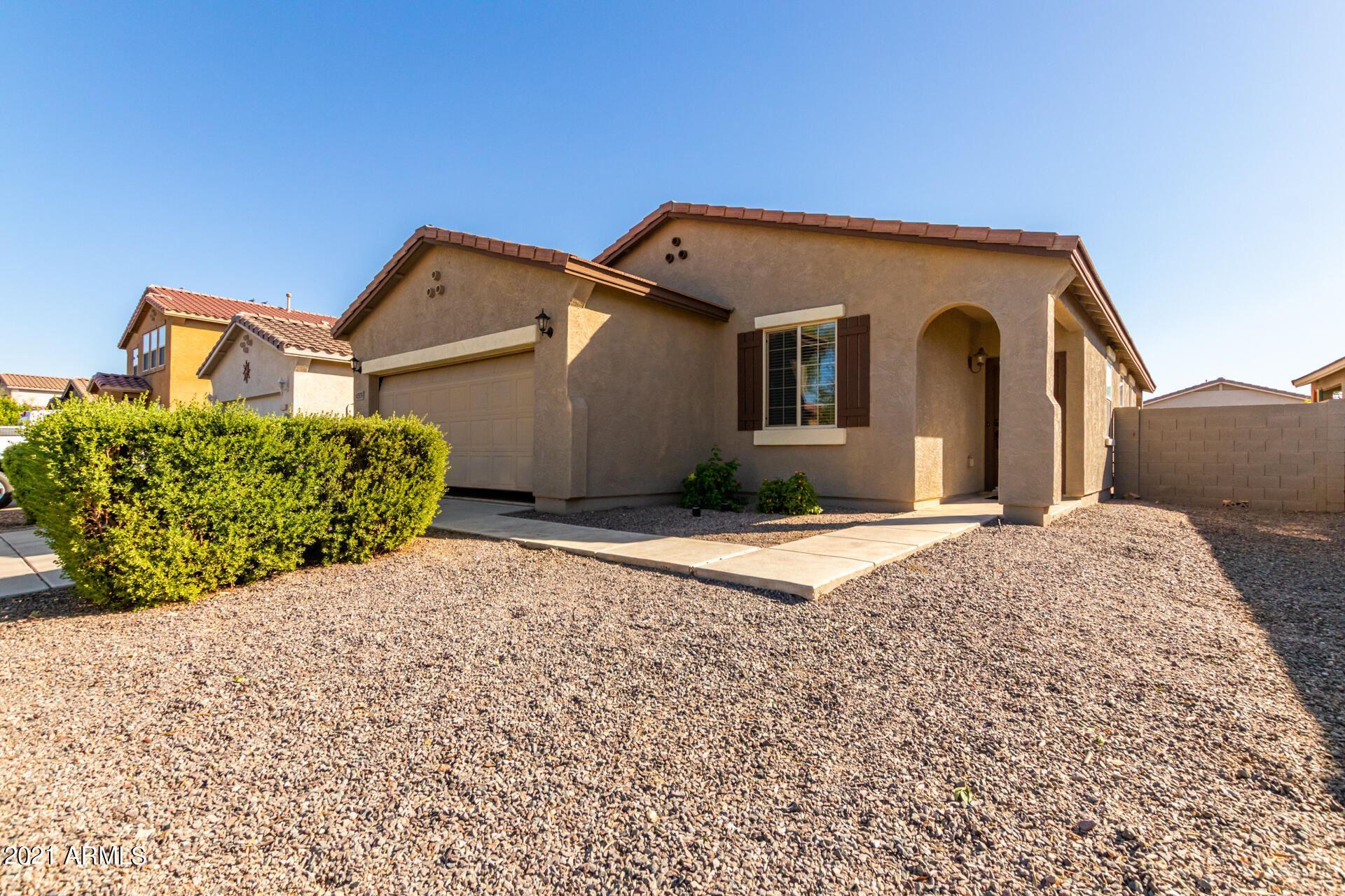 Photo of 42579 W SANTA FE Street, Maricopa, AZ 85138 (MLS # 6306789)