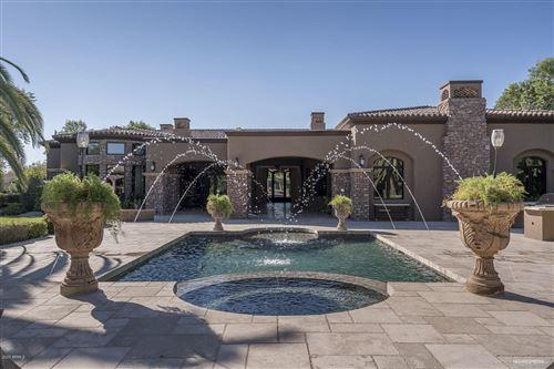 Photo of 6635 N LOST DUTCHMAN Drive, Paradise Valley, AZ 85253 (MLS # 6039797)