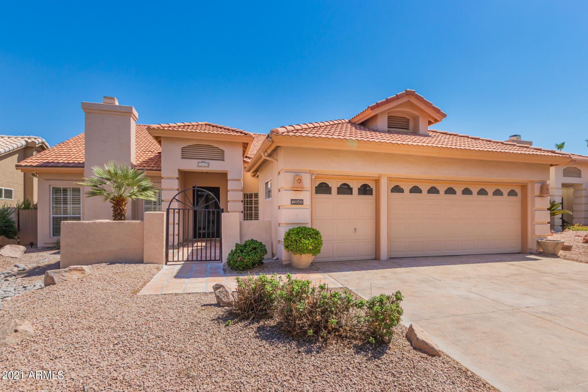 Photo of 10649 E ARROWVALE Drive, Sun Lakes, AZ 85248 (MLS # 6260799)