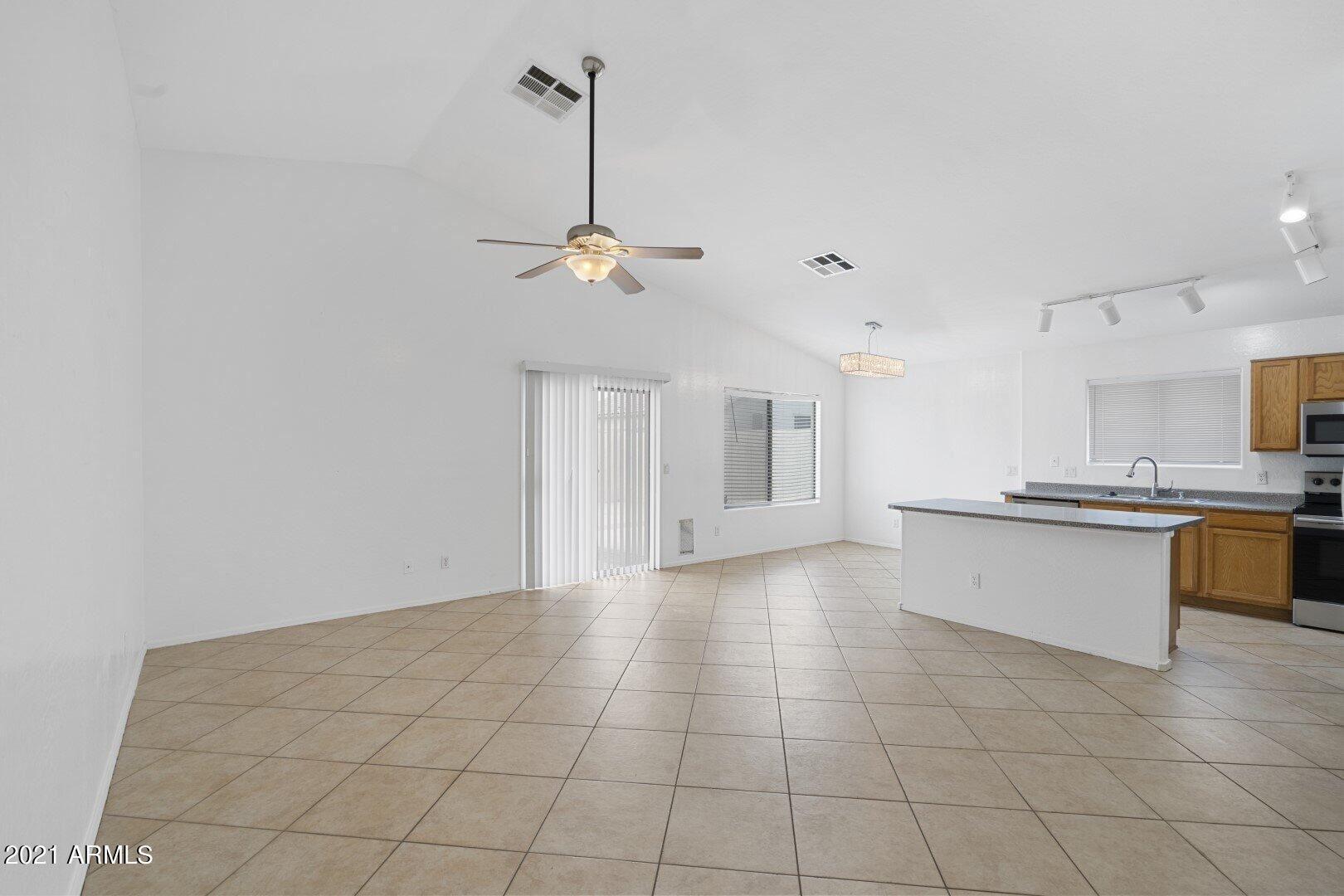 Photo of 8622 N 69TH Drive, Peoria, AZ 85345 (MLS # 6295799)