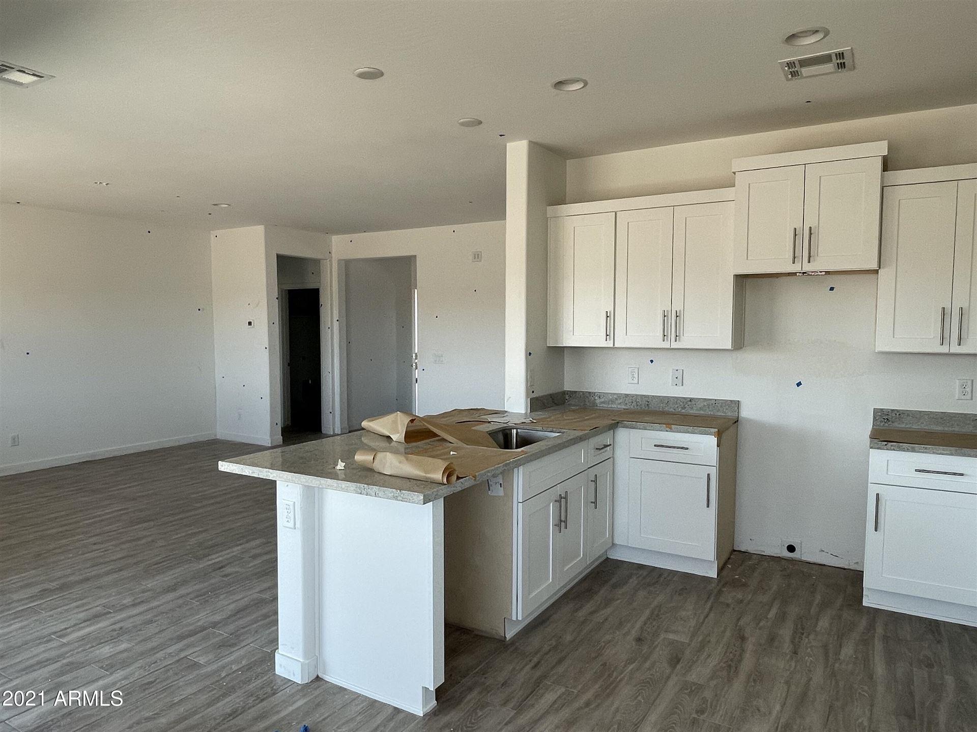 Photo of 35141 N PALM Drive, San Tan Valley, AZ 85140 (MLS # 6296799)