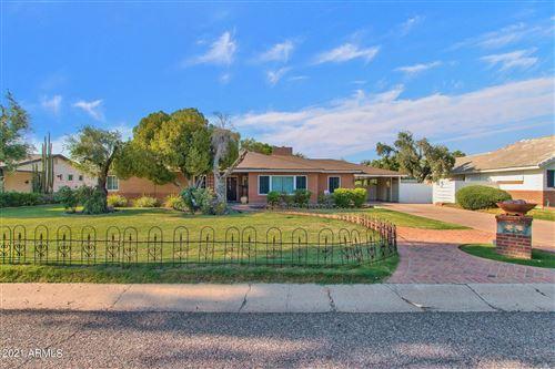 Photo of 3216 E MEADOWBROOK Avenue, Phoenix, AZ 85018 (MLS # 6297804)