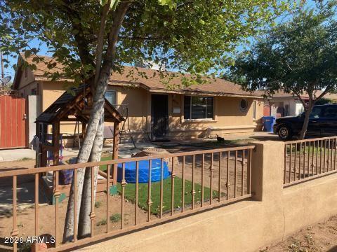 Photo of 4524 W MITCHELL Drive, Phoenix, AZ 85031 (MLS # 6111805)