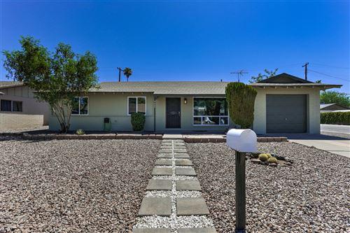Photo of 9023 N 18TH Avenue, Phoenix, AZ 85021 (MLS # 6110807)