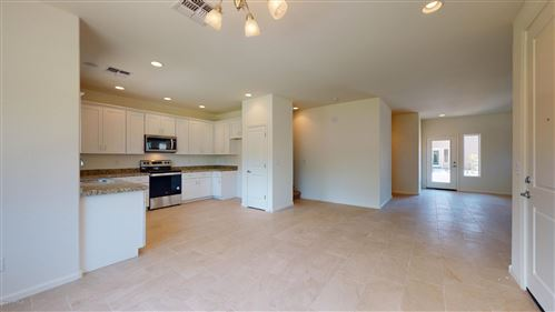 Photo of 711 E HIGHLINE CANAL Road, Phoenix, AZ 85042 (MLS # 6166807)