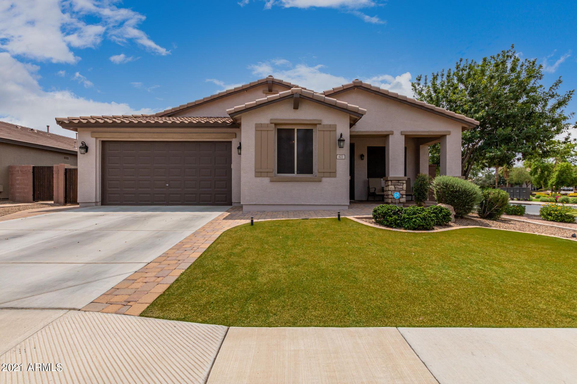 Photo of 421 W Leatherwood Avenue, San Tan Valley, AZ 85140 (MLS # 6266807)