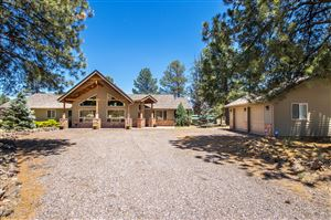 Photo of 2531 W FORREST RANCHES Loop, Parks, AZ 86018 (MLS # 5910813)
