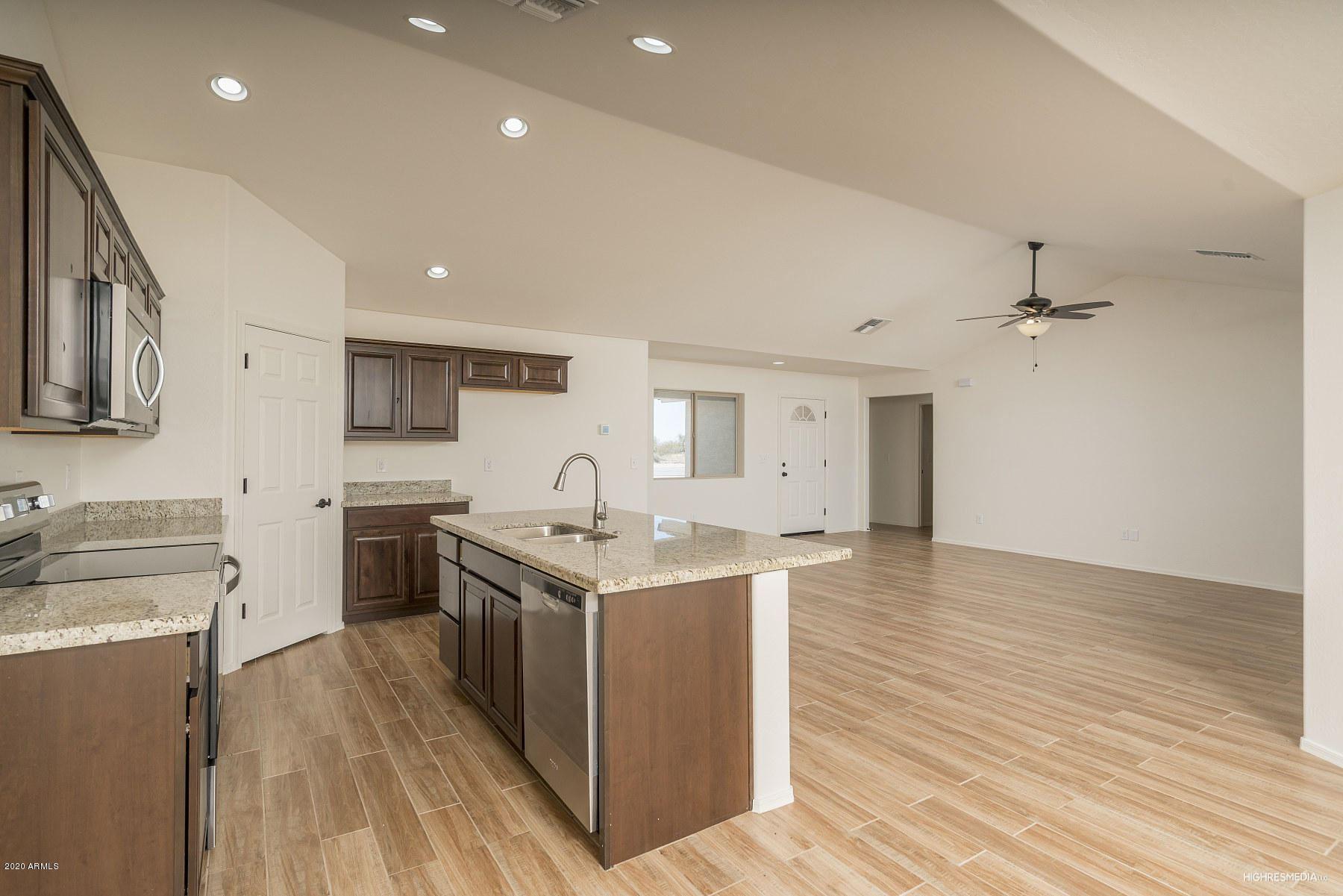 Photo of 22410 W LONE MOUNTAIN Road, Wittmann, AZ 85361 (MLS # 6231815)