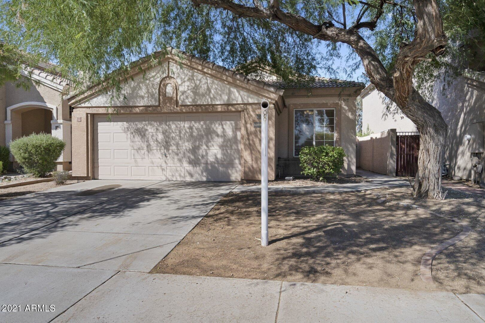 Photo of 13602 W DESERT FLOWER Drive, Goodyear, AZ 85395 (MLS # 6295816)