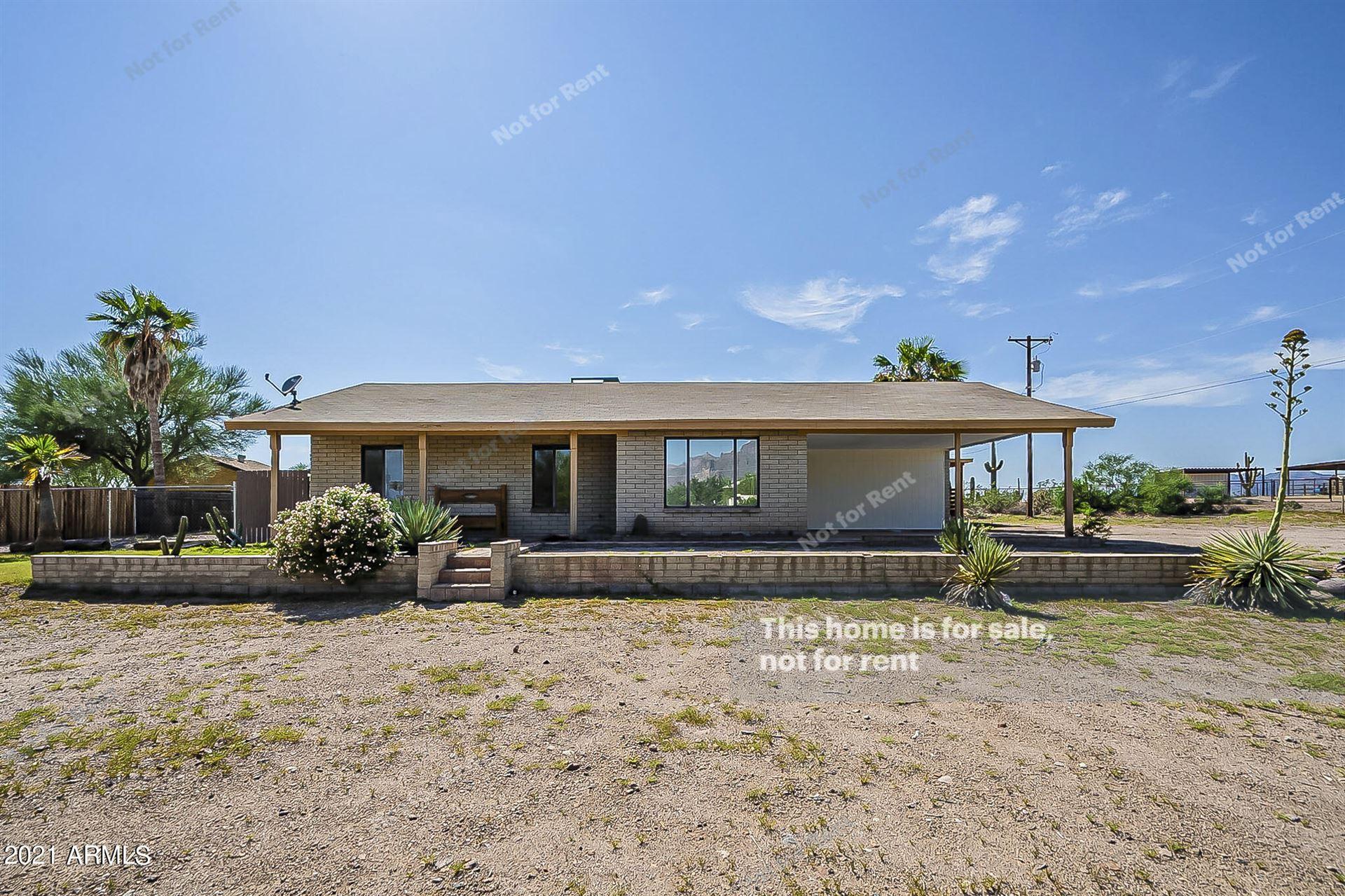 Photo of 1378 N WICKIUP Road, Apache Junction, AZ 85119 (MLS # 6289818)