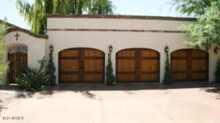 Photo of 6715 E BERYL Avenue, Paradise Valley, AZ 85253 (MLS # 6245821)