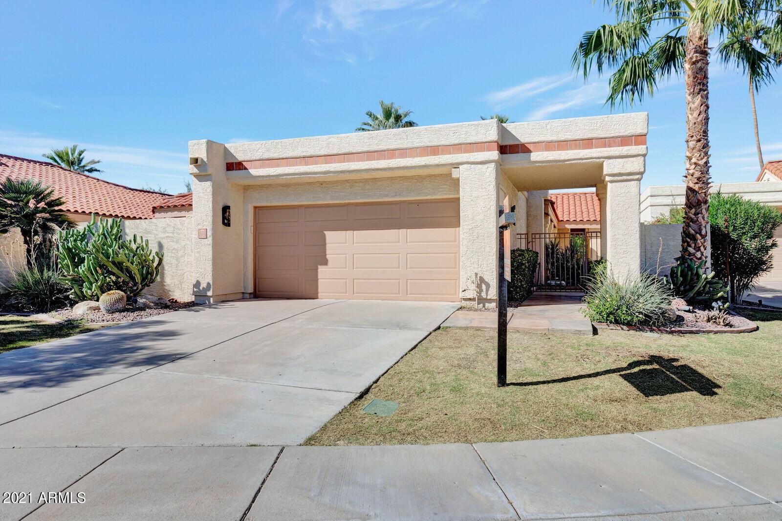 Photo of 10012 E SUNNYSLOPE Lane, Scottsdale, AZ 85258 (MLS # 6307822)