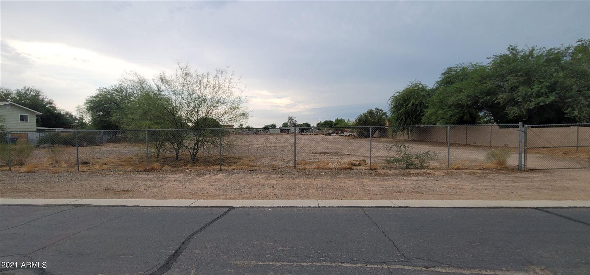 Photo of 12902 W SAHUARO Drive, El Mirage, AZ 85335 (MLS # 6268828)