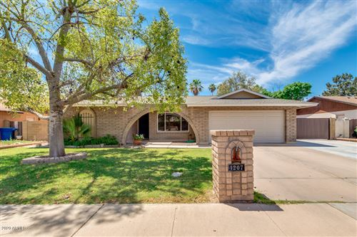 Photo of 1207 W CHEYENNE Drive, Chandler, AZ 85224 (MLS # 6085836)