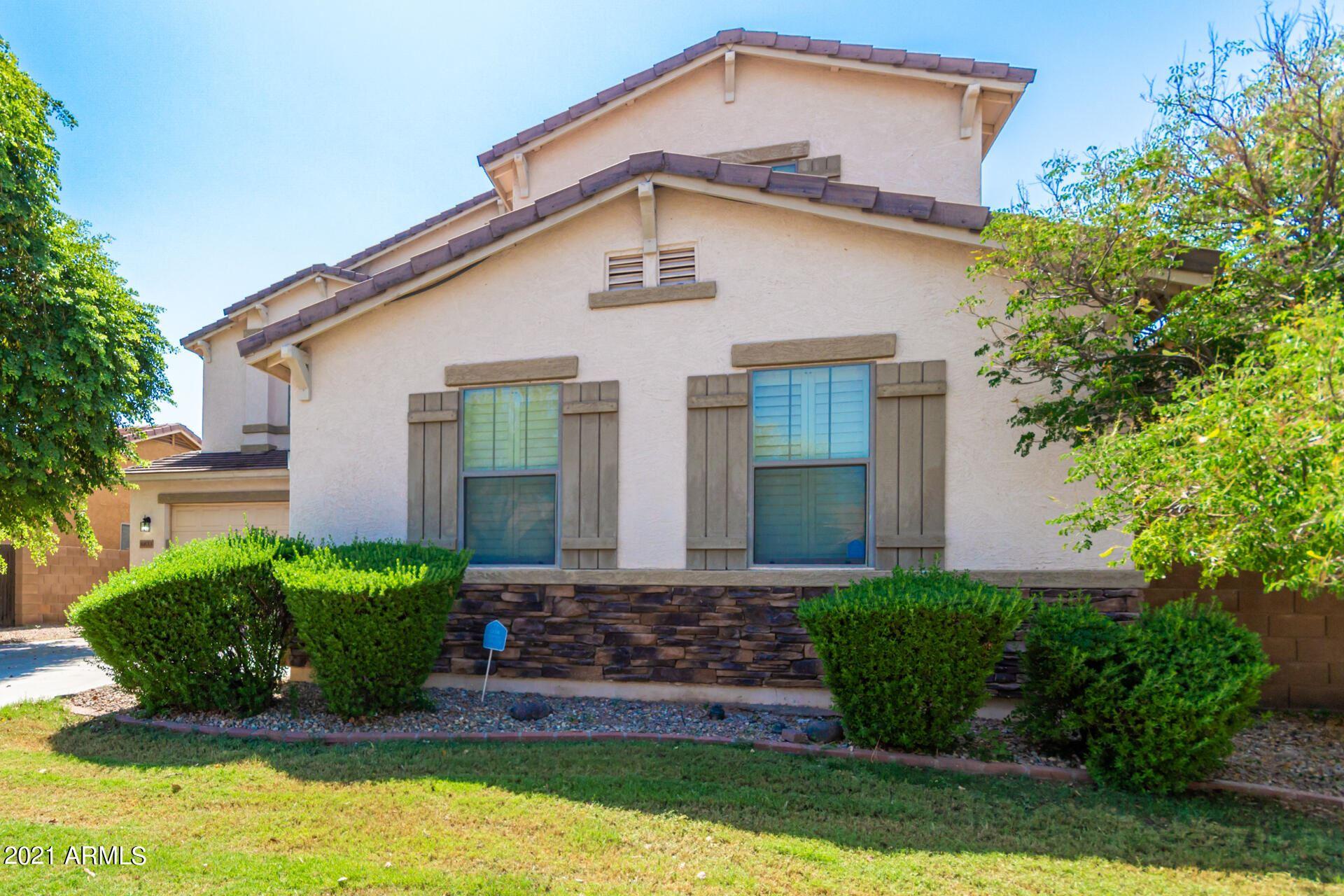 Photo of 6833 W ALTA VISTA Road, Laveen, AZ 85339 (MLS # 6279839)