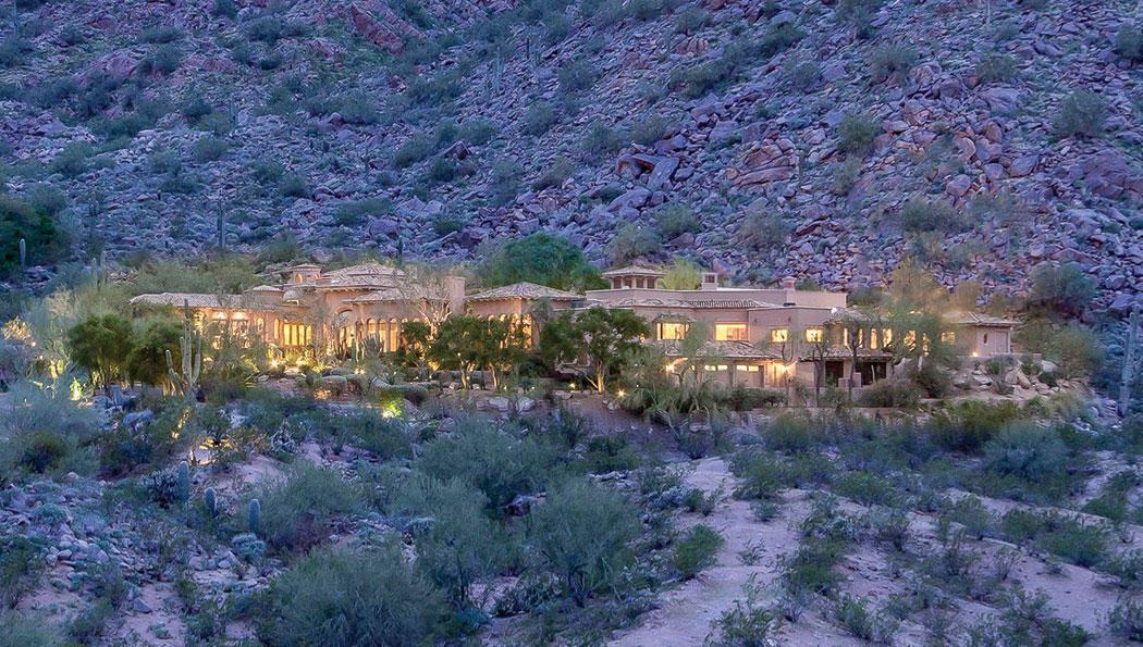 Photo of 5825 E STARLIGHT Way, Paradise Valley, AZ 85253 (MLS # 6172840)