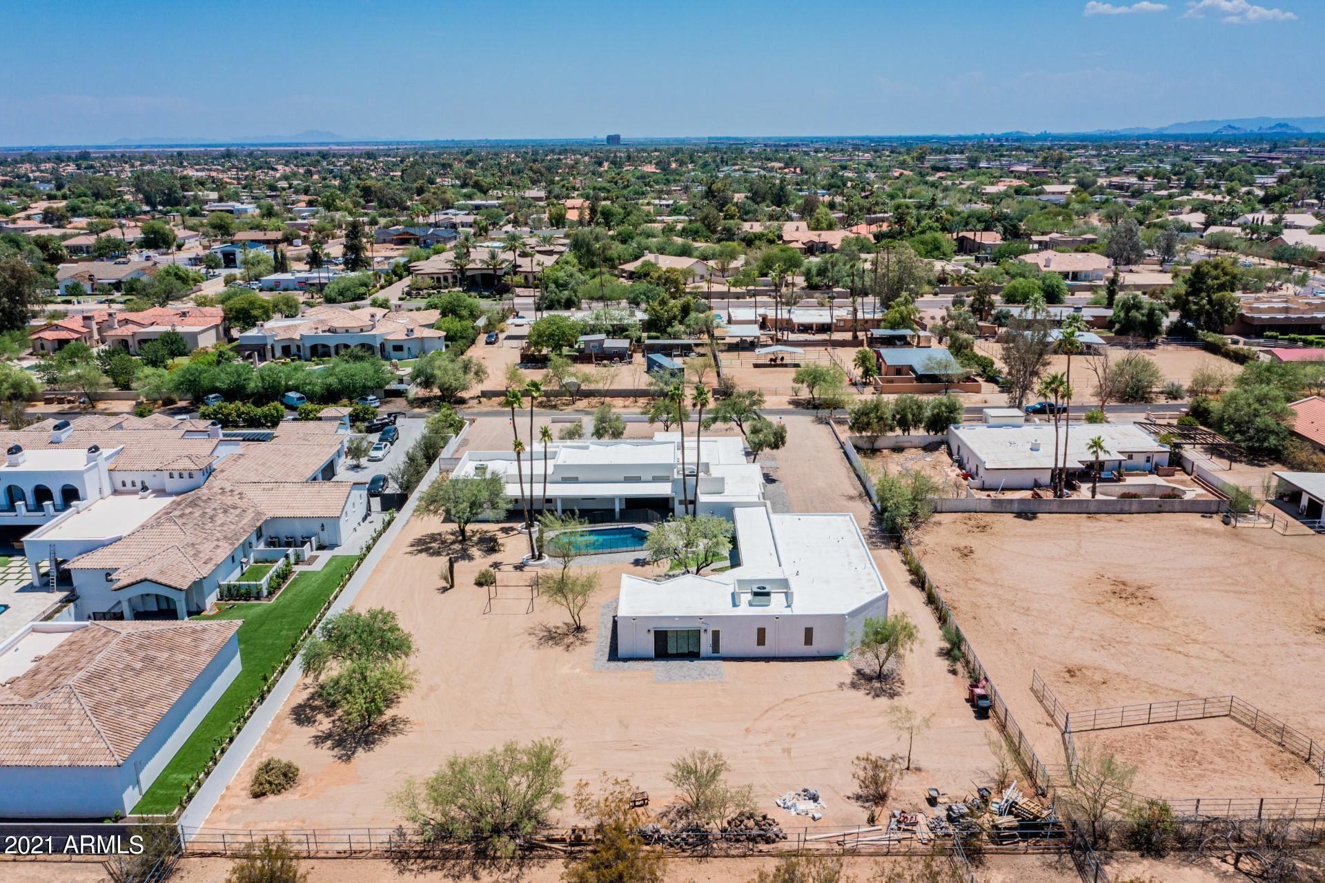 Photo of 9626 E KALIL Drive, Scottsdale, AZ 85260 (MLS # 6249842)