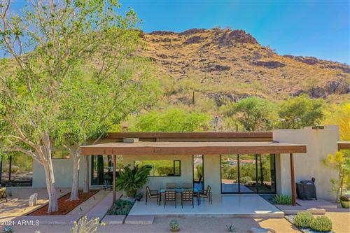 Photo of 6300 E HUMMINGBIRD Lane, Paradise Valley, AZ 85253 (MLS # 6230846)