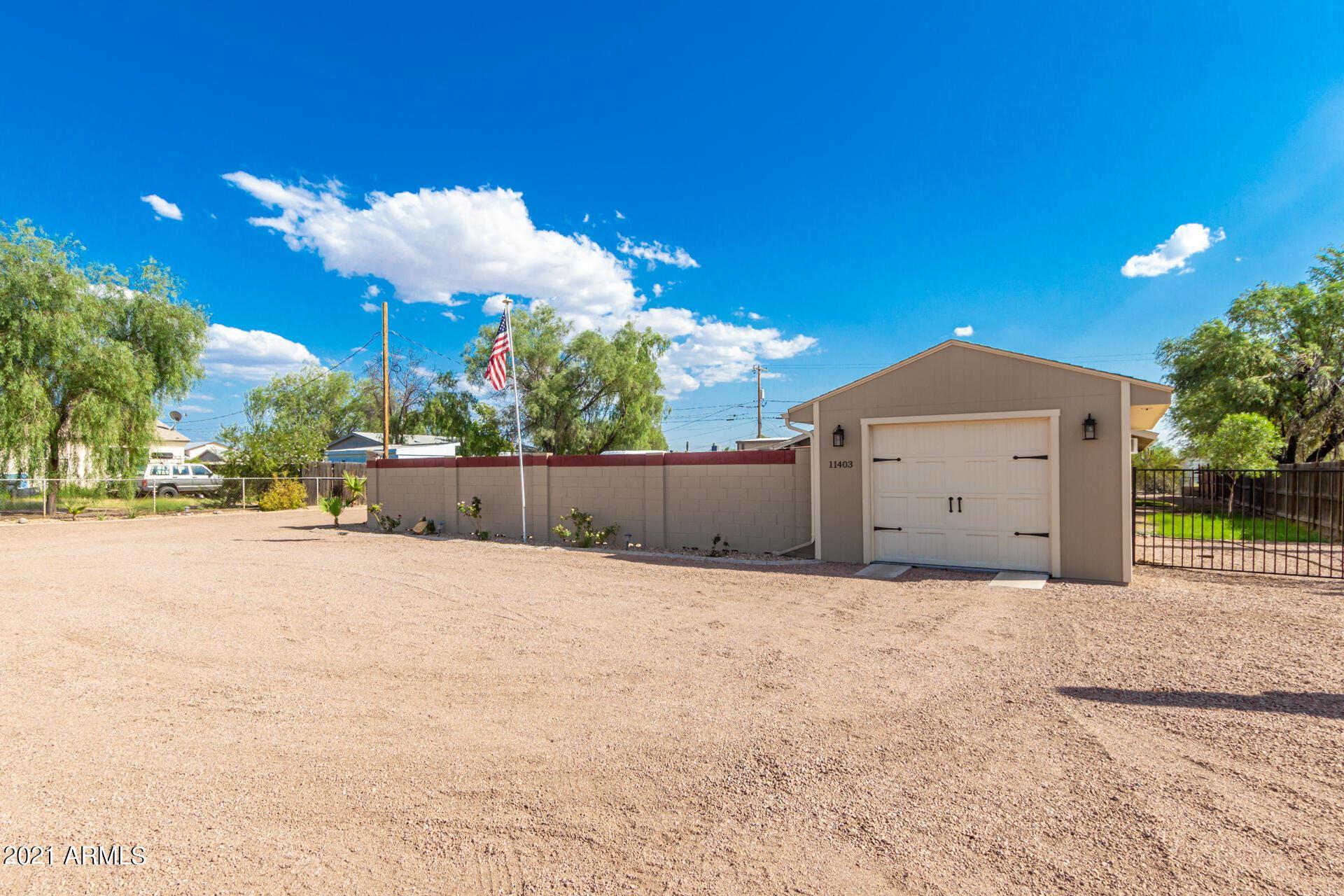 Photo of 11403 E 5TH Avenue, Apache Junction, AZ 85120 (MLS # 6290848)